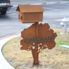 Woodcraft-custom-metal-mailbox-sign